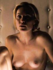 nackt Mitchell Andrea 56 Sarah