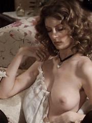 Haley Ramm  nackt