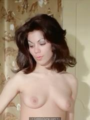 Ahrabian nackt sandra Italian Sandra