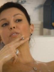 Judd nackt Julie  13 Sexiest