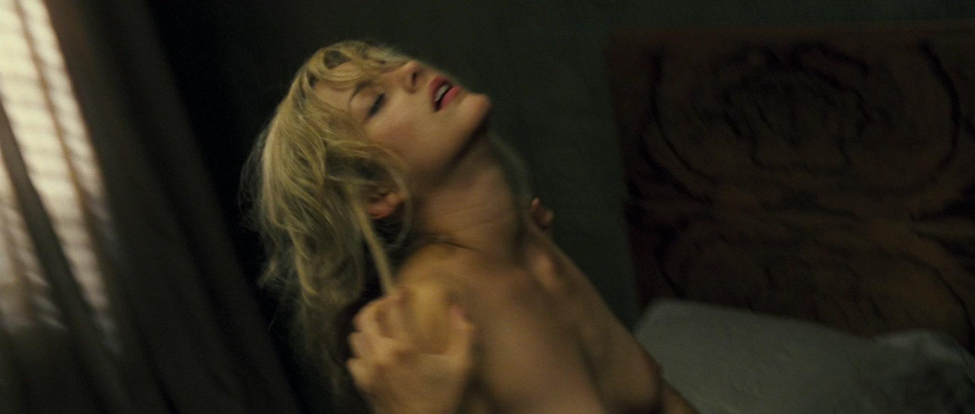 La Noire Nude Scenes