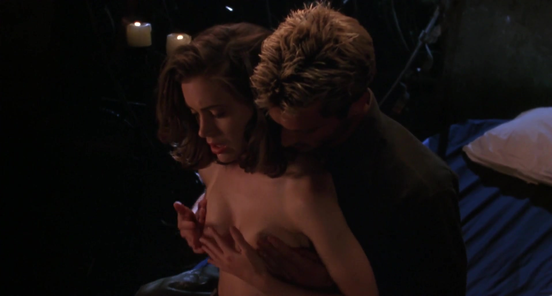 100 Images of Alyssa Milano Poison Ivy Sex Scene