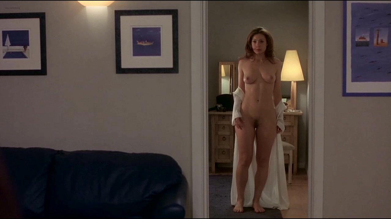Hot nude latina babe fuck gif