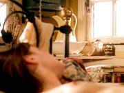 Mortimer nackt Emily  Emily Blunt