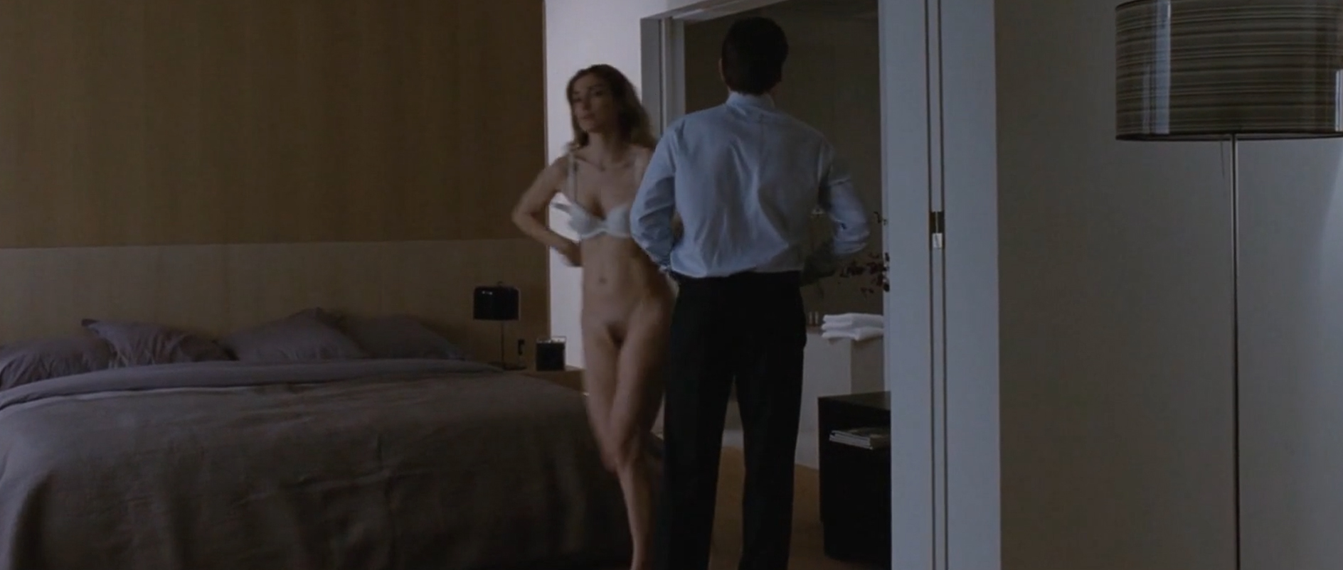 Amy Hargreaves Sex julie gayet - sans laisser de traces (2010) - celebs
