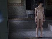 Olga Kurylenko - L'annulaire (2005, slow-mo)