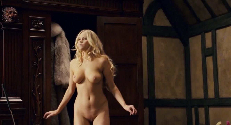 Irish girls nude solo