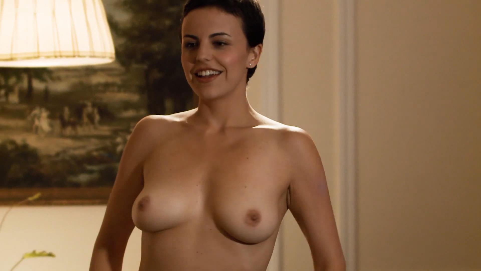Alejandra Lara  nackt