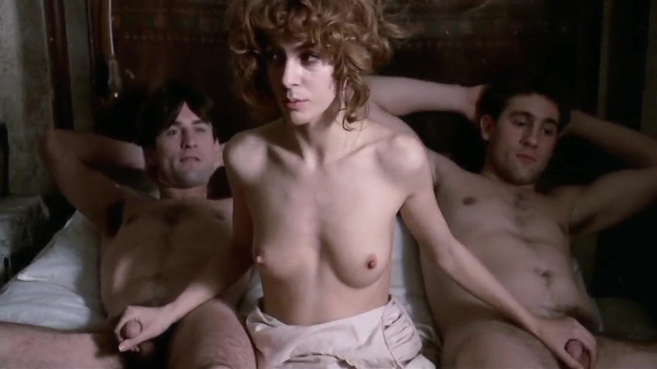 Stefania Nude Scene Clips