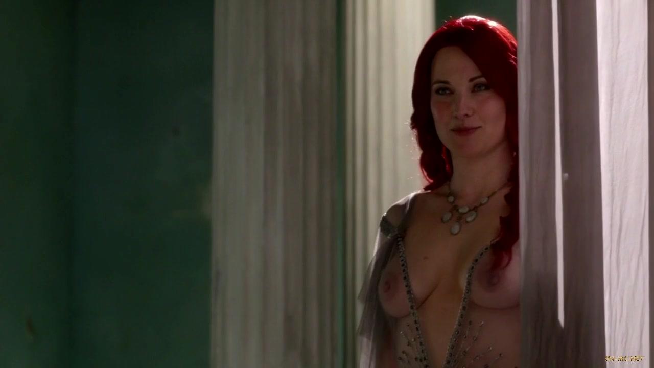 Chrissy Teigen : une sirne entirement nue vous faire