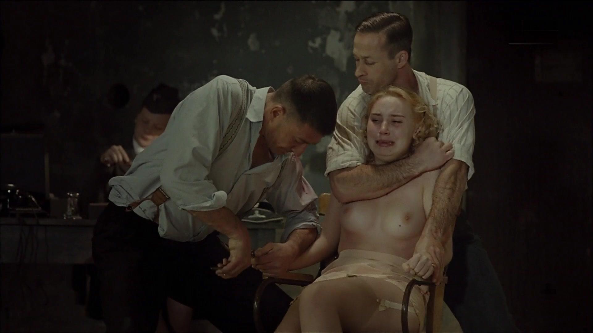 Deborah francois undress in my queen karo 2009 9
