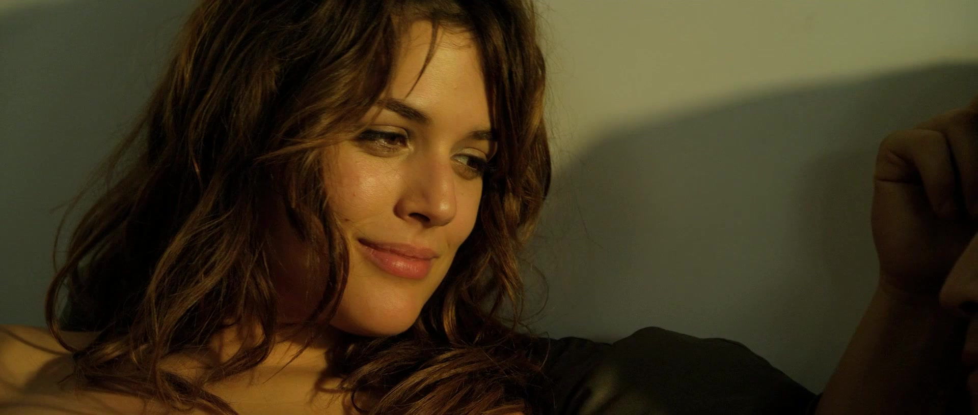 Adriana ugarte explicit sex in combustion movie