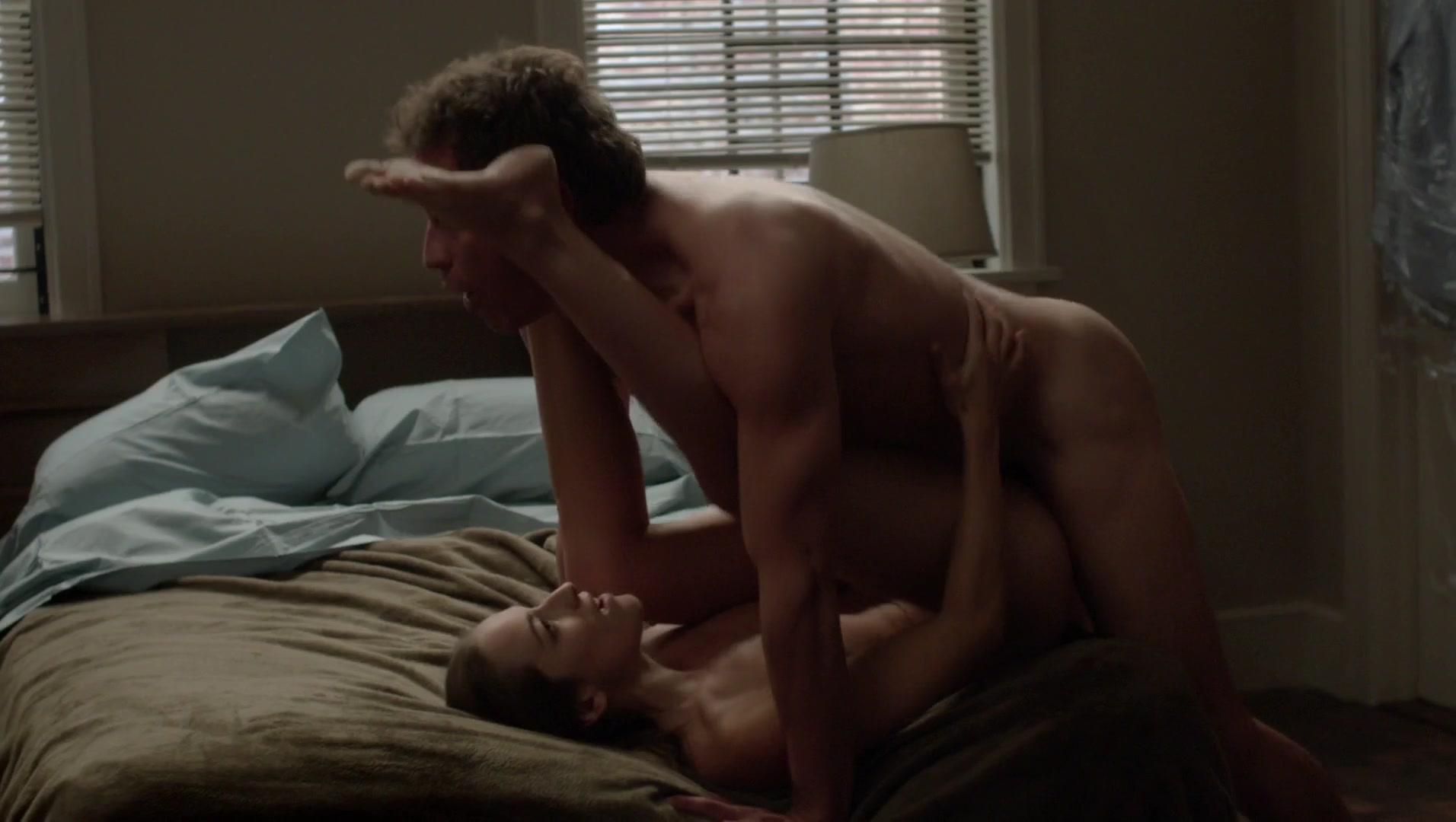 Lesbians kissing making sex