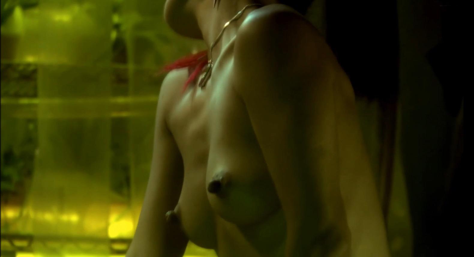 Ling nude nipples bai