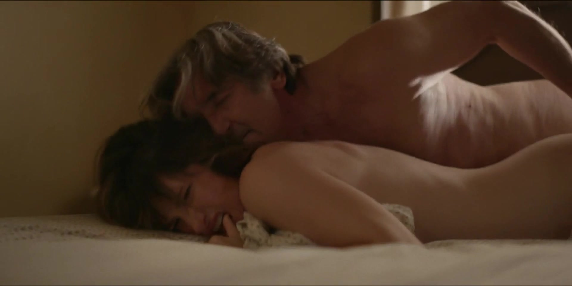 kathryn-hahn-sex-scene